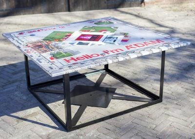 Expositie op tafelbladen in Amsterdam